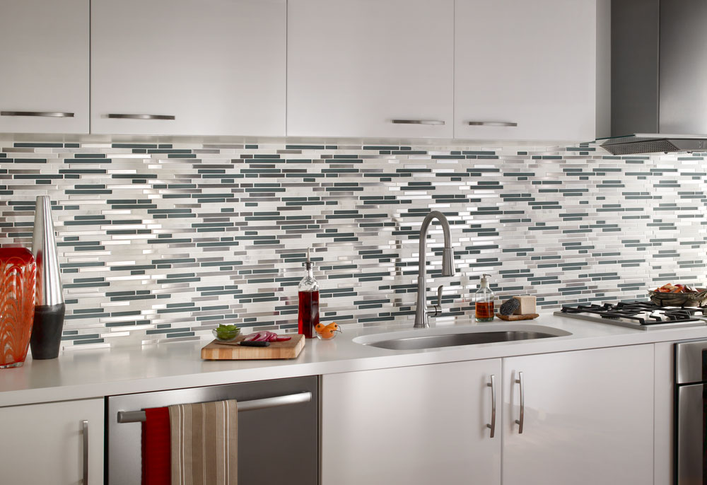 staggered tile : stone and glass : impact : dttiles